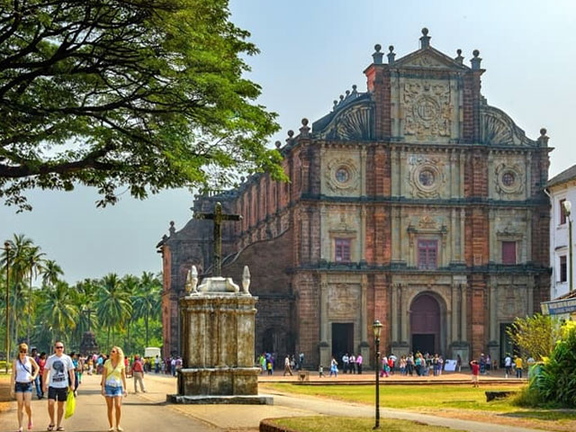 Colonial Building is one of the best reasons to visit india