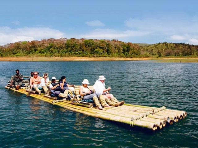 Bamboo Rafting in Periyar Lake