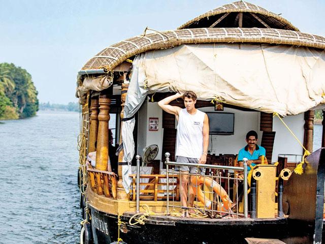 Things to do in Kerala- Houseboat Tour in Kerala