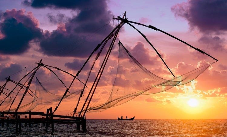 Kochi- Enjoy the colonial charm reflecting through the Chinese Fishing Nets