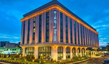 Luxury Business Hotels