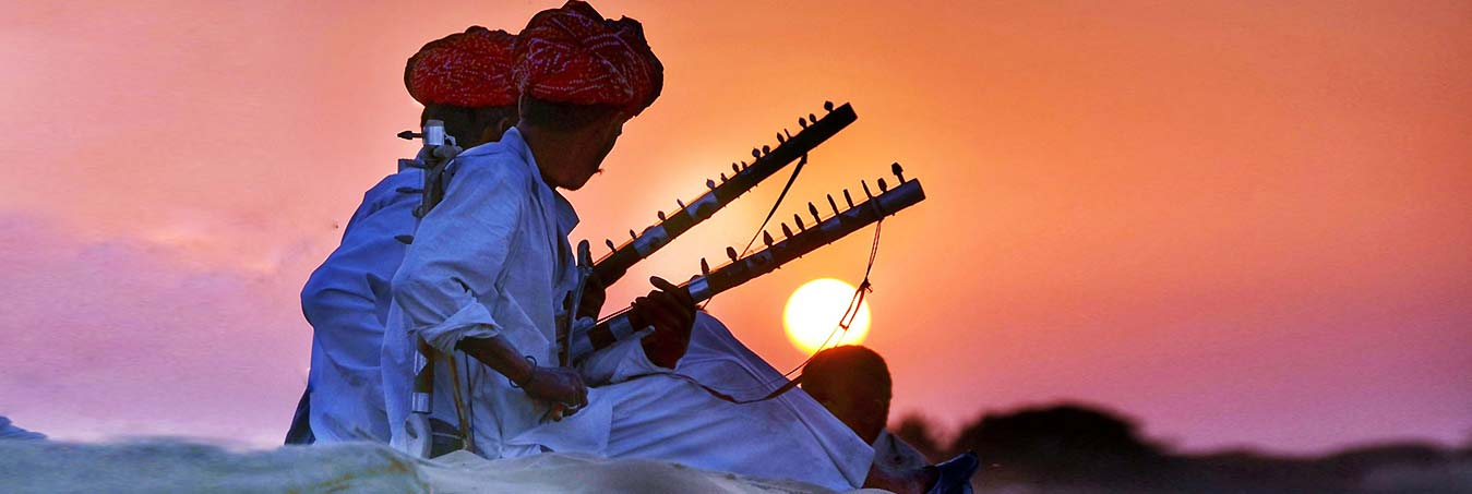 Admire spectacular sunset view with folk music on the Thar Deser