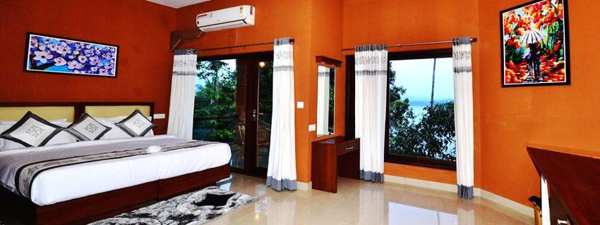 room-lake1