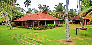 Kayaloram Heritage Lake Resort, Alleppey