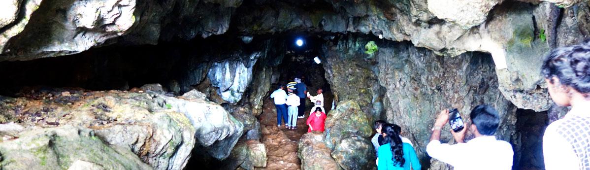 mawsmai-caves-in-cherrapunjee.
