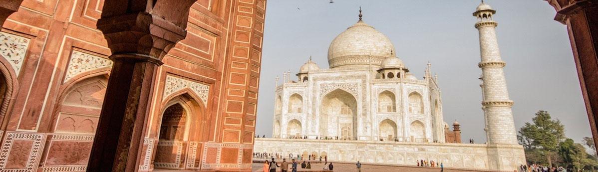Taj-Mahal,-Agra