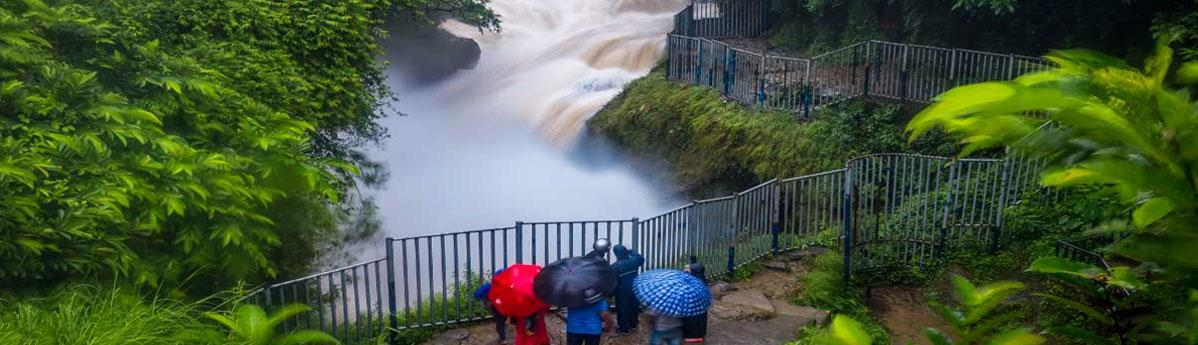 davis-falls-in-pokhara-nepal