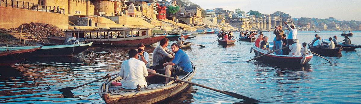 boat-ride-on-river-ganges