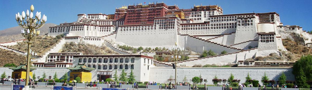 potala-palace-in-lhasa