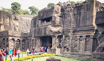 Ajanta and Ellora Caves Tour
