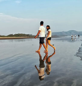 Akshi Beach, Alibaug