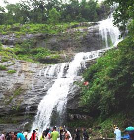 Cheeyappara Waterfalls, Munnar