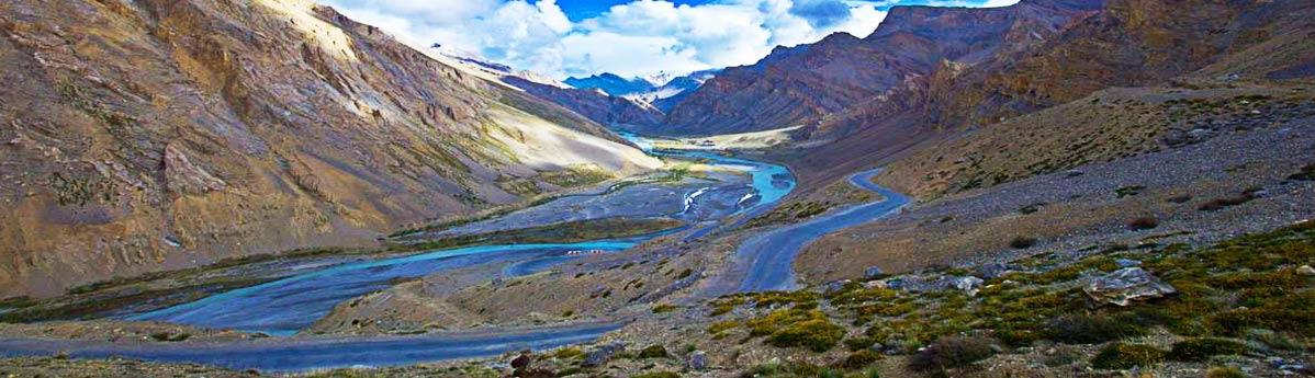 Tanglang La Mountain Pass, Ladakh